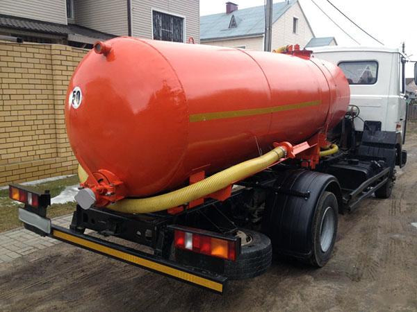 Доставка технической воды ассенизатором в Можайске